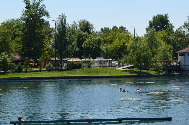 Хевизское озеро. Вход купален Фестетича