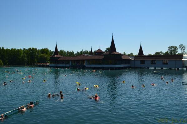 Термальное хевизское озеро